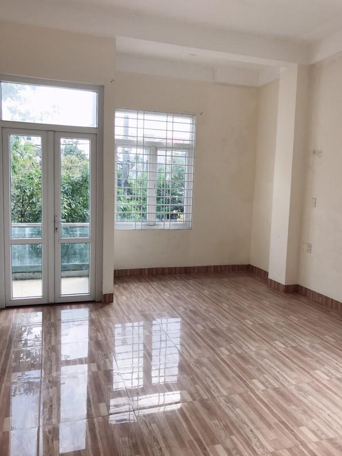 Nhà Mặt Tiền đường Bùi San, phường Xuân Phú, gần nhà thi đấu TP Huế.