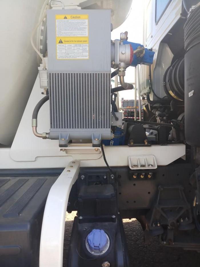 Xe bồn trộn Howo 2019 ga điện tiêu chuẩn Euro IV nhập khẩu bởi Rita Võ 0