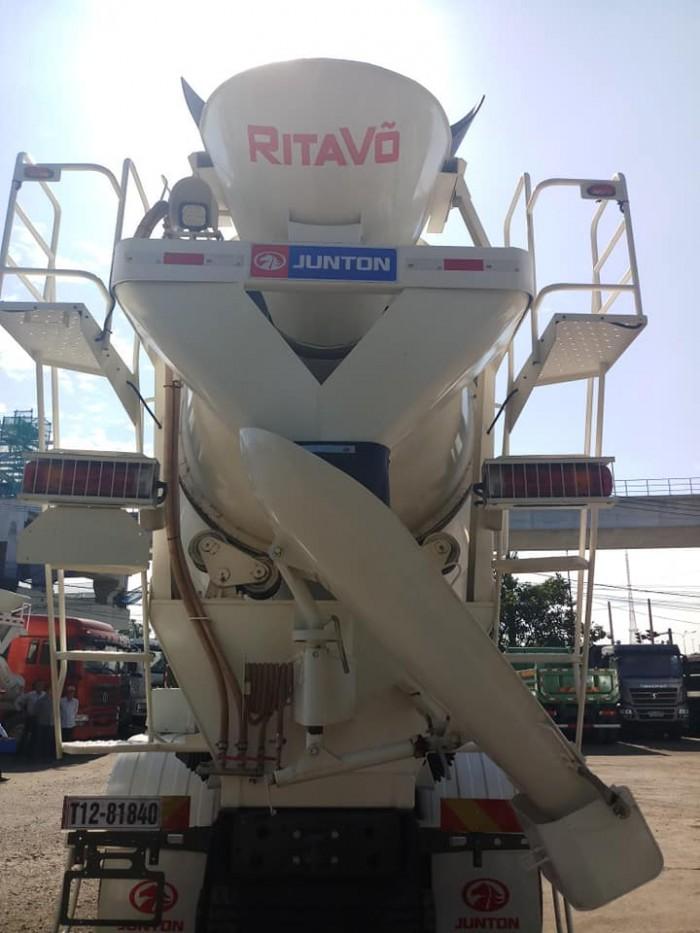 Xe bồn trộn Howo 2019 ga điện tiêu chuẩn Euro IV nhập khẩu bởi Rita Võ 2