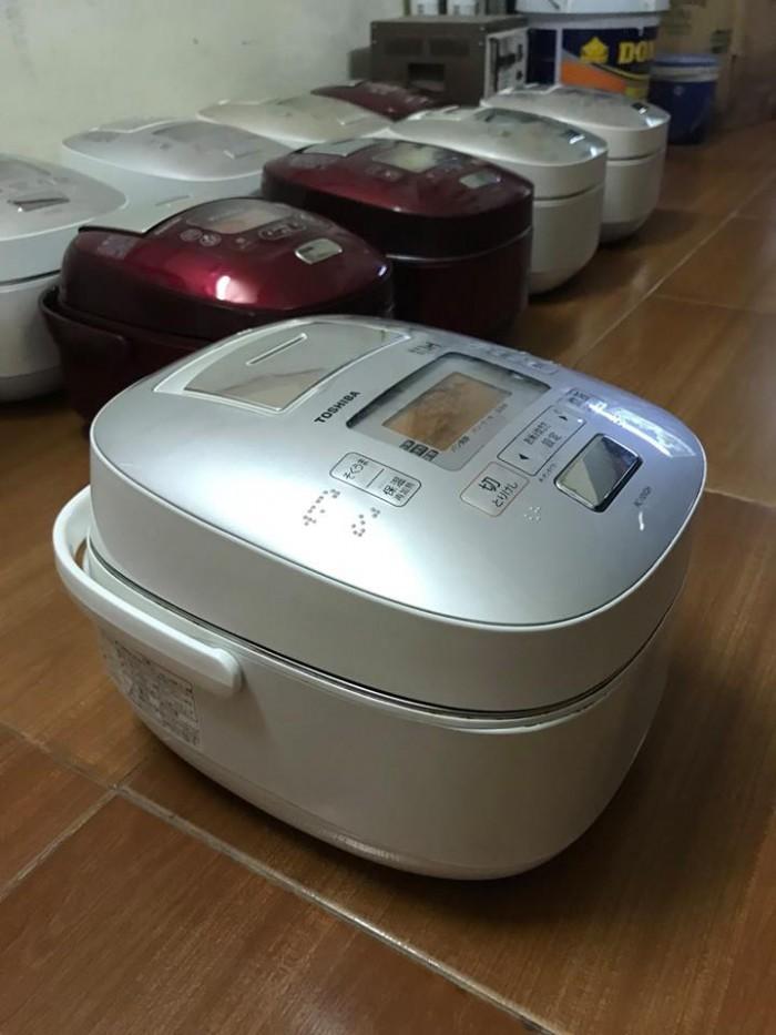 Nồi cơm TOSHIBA 1lit áp suất hút chân không3