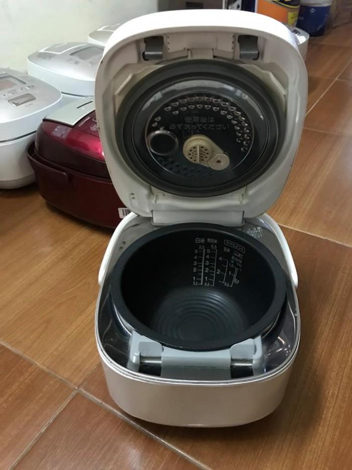 Nồi cơm TOSHIBA 1lit áp suất hút chân không5