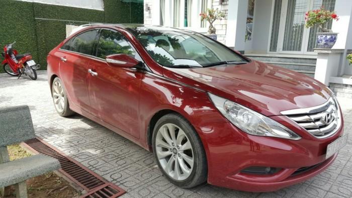 Bán Hyundai Sonata 2.0AT màu đỏ đô nhập Hàn Quốc 2011 biển Sài Gòn