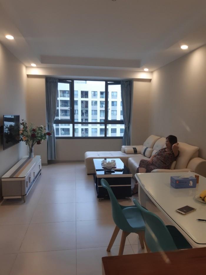Chính chủ cho thuê căn hộ Goldview lầu 17  làm văn phòng