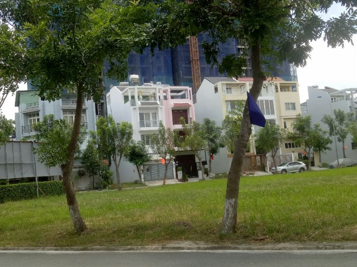 Sở hữu lô đất nền Greenlife 13C Phong Phú, Bình Chánh 85m2, sổ hồng