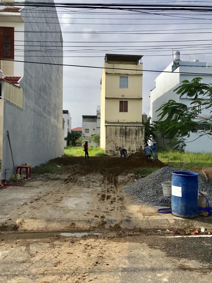 Đường số 08, dự án Lê Minh Xuân, Trần Đại Nghĩa, Bình Chánh.