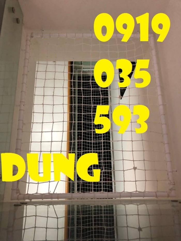lưới chắn giếng trời cầu thang ban công trường học chung cư12