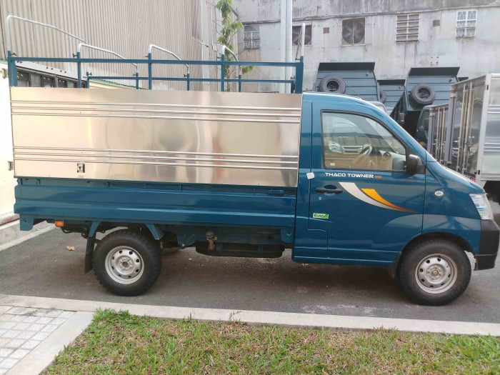Xe tải Thaco Towner990 tải trong 990kg -  Tặng 100% phí trước bạ - Giá xe tải 750 kg 3