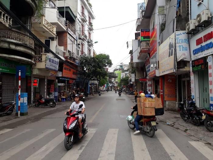 Bán nhà đẹp 5 tầng, kinh doanh, ô tô tránh, mặt phố Nguyễn An Ninh giá 8 tỷ