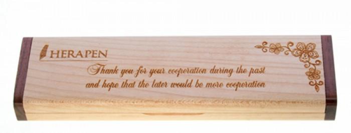 Hộp bút gỗ khắc tên4