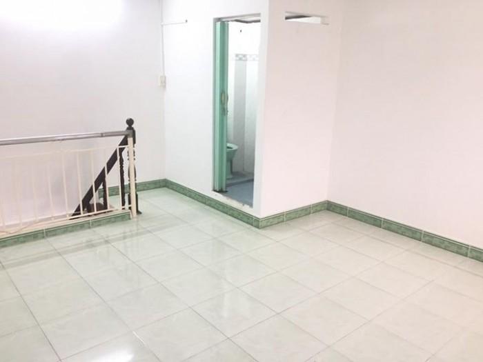 Chính chủ bán nhà kề KCN Nhị Xuân, 5x8m, Sổ riêng, có gác lững- Hóc Môn