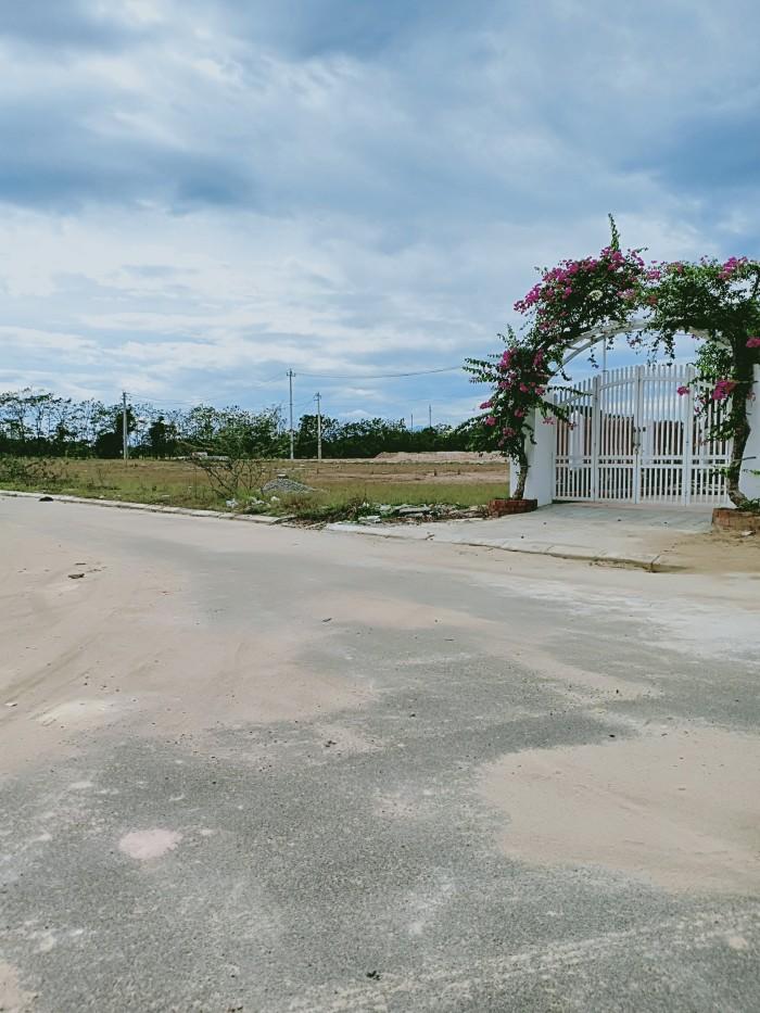 Đất  mặt tiền KQH CIC8 – diện tích 127,5m2 - ngay bãi Parking cực đẹp