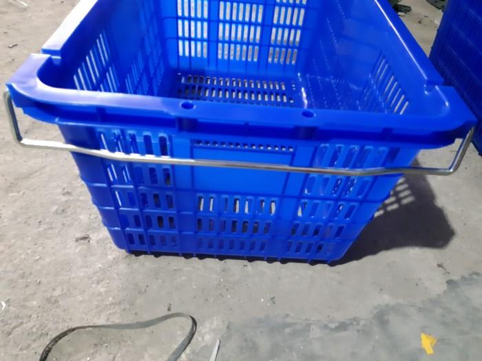 Sọt nhựa HS005,sọt nhựa HS008,sóng cá,sóng có bánh xe giá rẻ tại Miền bắc0