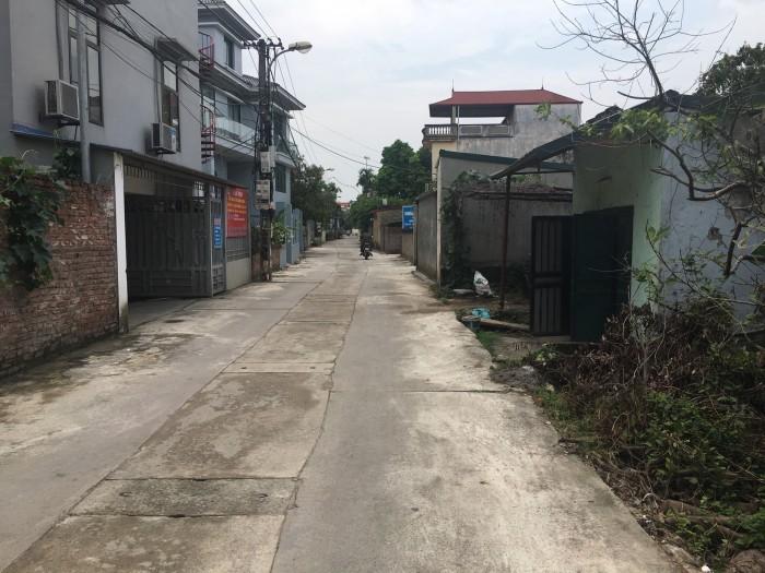 Bán 30m2 mt 3m thôn 7 Đông Dư, Gia Lâm, Hà Nội đường 3.5m