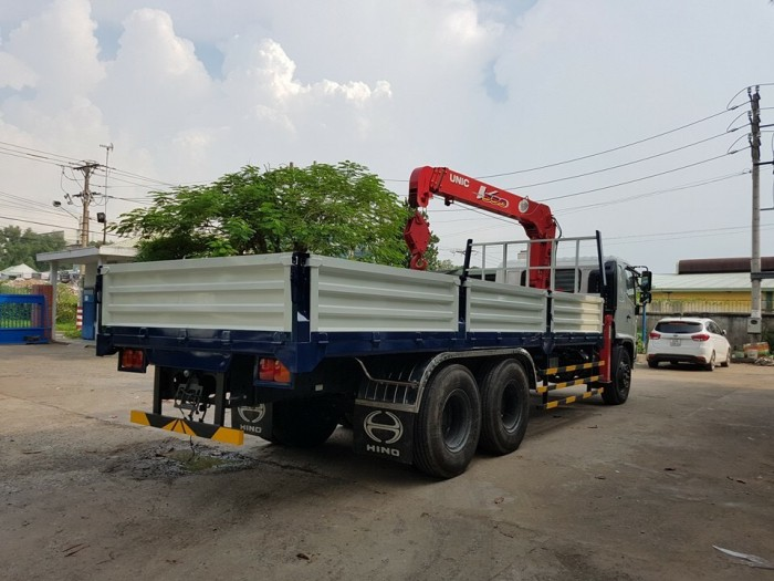 Xe tải Hino FL 15 tấn gắn cẩu Unic 3 tấn 4