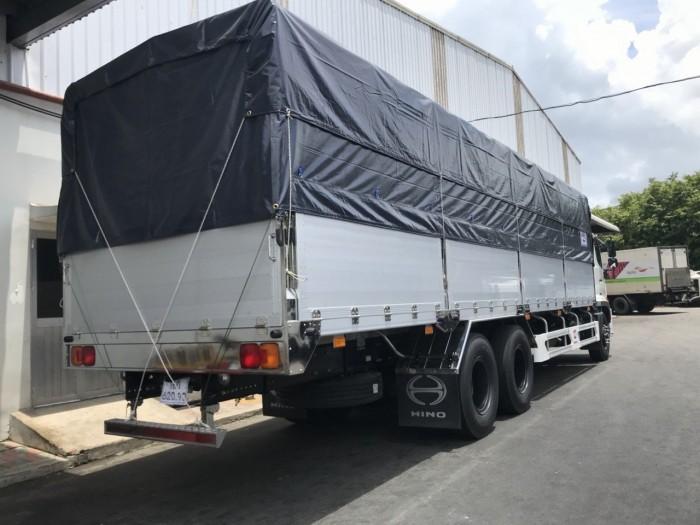 Xe tải Hino 16 tấn thùng mui bạt, trả trước 150 triệu giao xe ngay 1