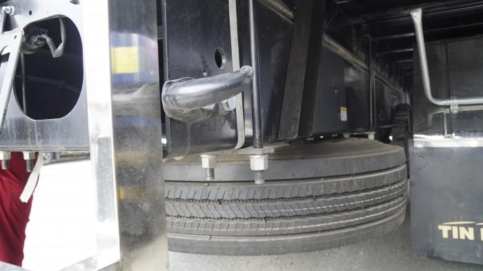 Xe tải Hino 16 tấn thùng lửng 7m6, trả trước 150 triệu có xe giao ngay 3