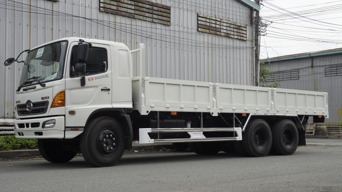 Xe tải Hino 16 tấn thùng lửng 7m6, trả trước 150 triệu có xe giao ngay 2