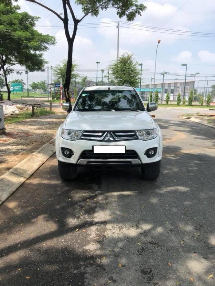 bán xe Mitsubishi Pajero Sport 2017 số sàn máy dầu màu trắng
