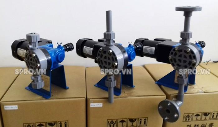 Bơm định lượng hóa chất Nikkiso BX10 PCF F338