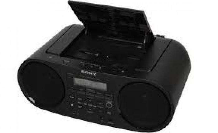 Cassette Sony ZS-RS60BT chức năng CD, MP3, USB, Radio AM-FM