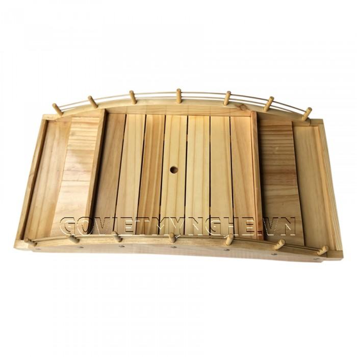 - Cầu gỗ 60cm : Dài 60cm x Rộng 29cm x Cao 14cm. (2 tầng + khay lót bên trong) . Giá : 580.000₫