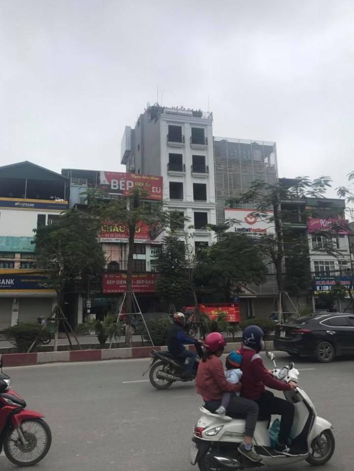 Bán Khách sạn 10 tầng phố Kim Mã, cực VIP