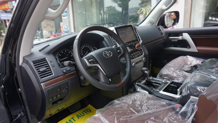 Bán Toyota Land Cruiser VX.R 4.6 AT đời 2017,nhập Trung Đông mới 100% 2