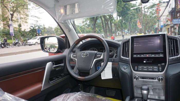 Bán Toyota Land Cruiser VX.R 4.6 AT đời 2017,nhập Trung Đông mới 100% 13
