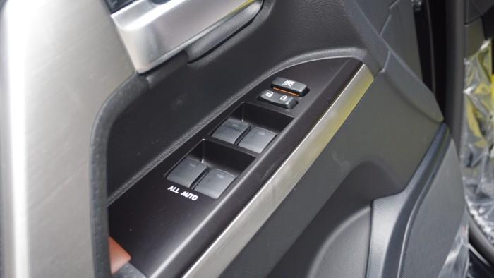 Bán Toyota Land Cruiser VX.R 4.6 AT đời 2017,nhập Trung Đông mới 100% 14