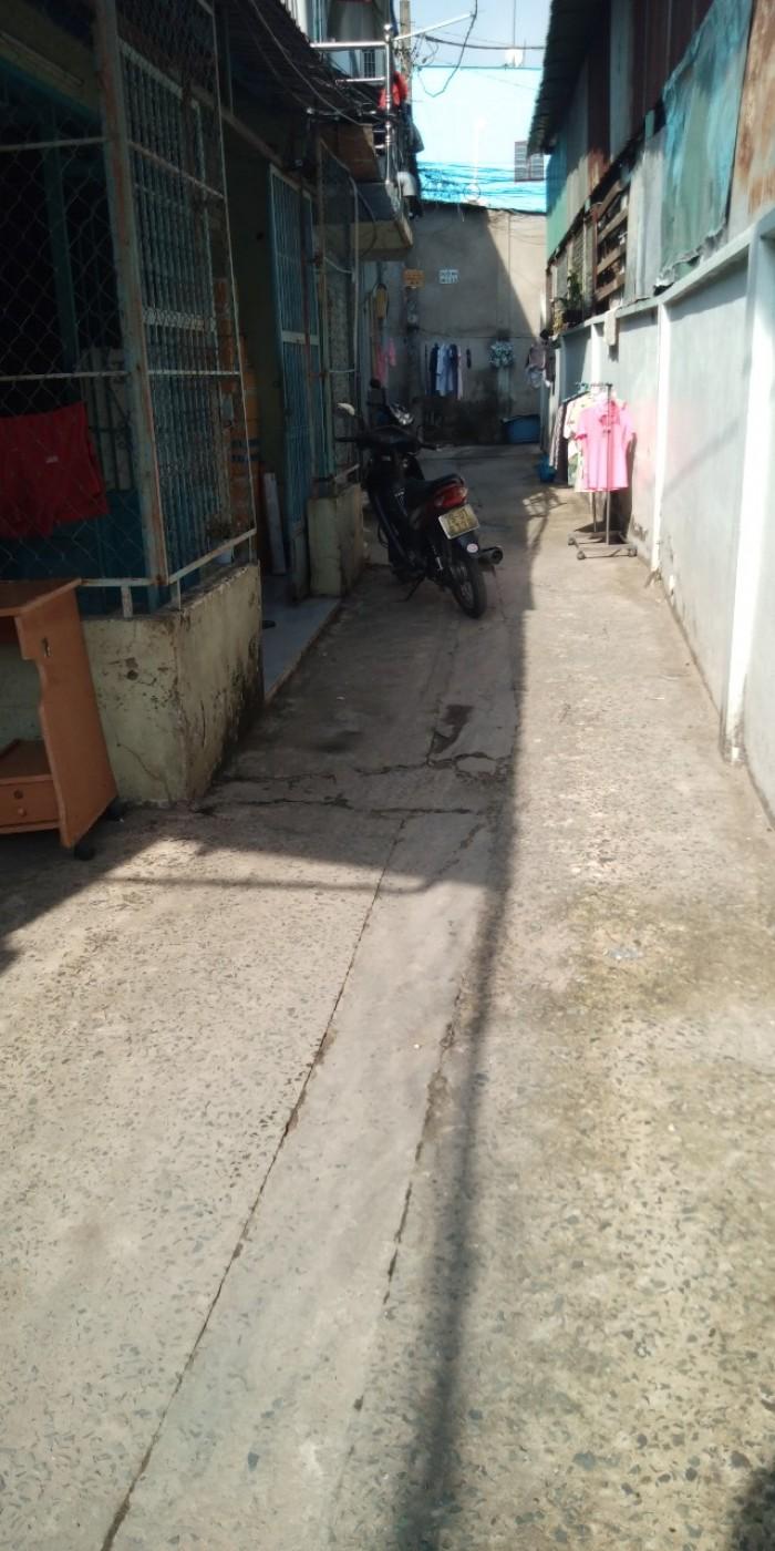Bán nhà c4 cũ đường 79 Phước Long B quận 9