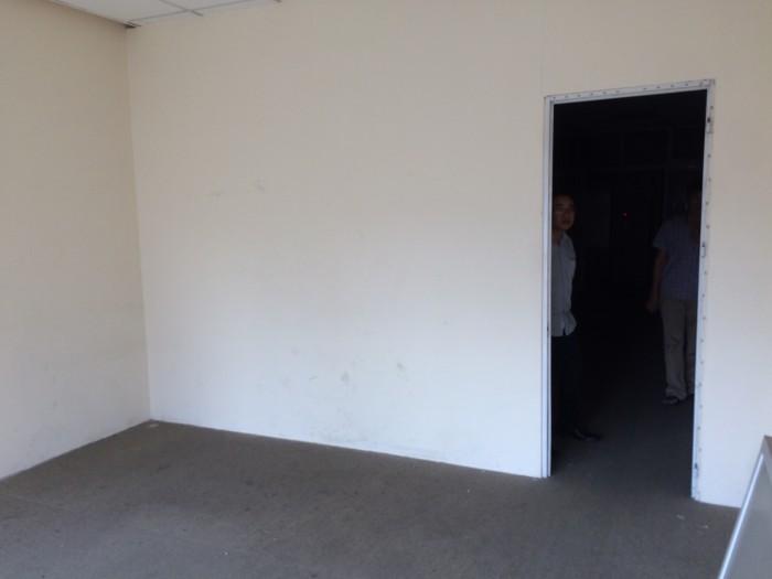 Cho thuê nhà mặt phố Lê Hồng Phong, Ba Đình. Diện tích 70m2 x 4 tầng, có sẵn điều hòa