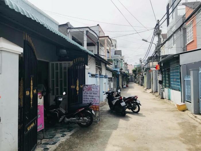 Bán nhà hẻm 182 đường Trần Hưng Đạo, cách mặt lộ khoảng 150m: