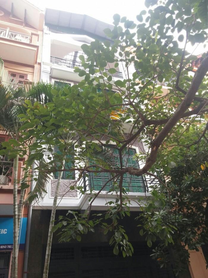 Cho thuê nhà phân lô khu Trung Yên, cách mặt phố Trung kính 50m, đường trước nhà 6m