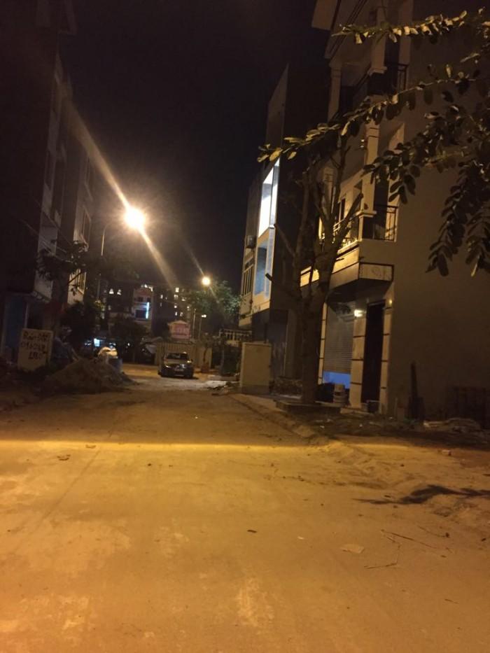 Nhà 2 mặt tiền Ngô Xuân Quảng – Trâu Quỳ đường oto 92.7m2