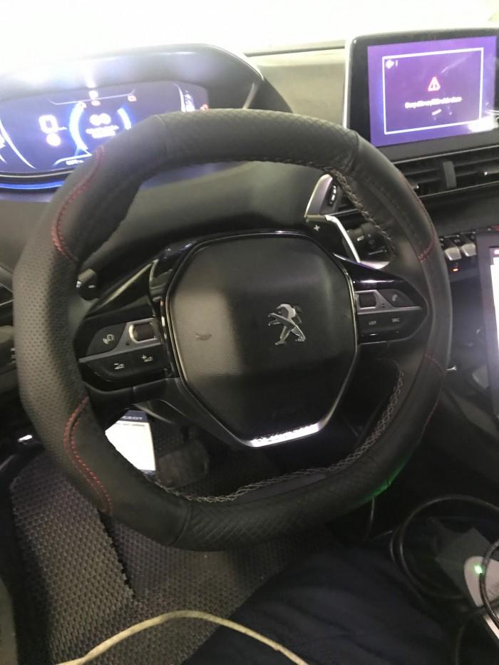Độ xe Peugeot 5008 Full option tại Thái Nguyên