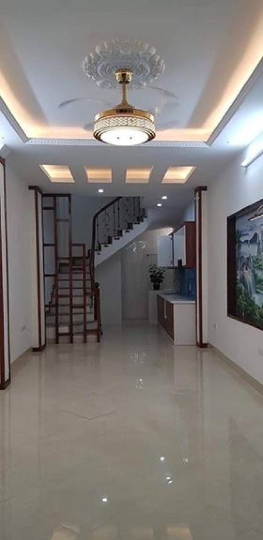 Bán nhà ngõ Ô tô phố Kim Mã, giá 4 tỷ, nhà mới ở ngay