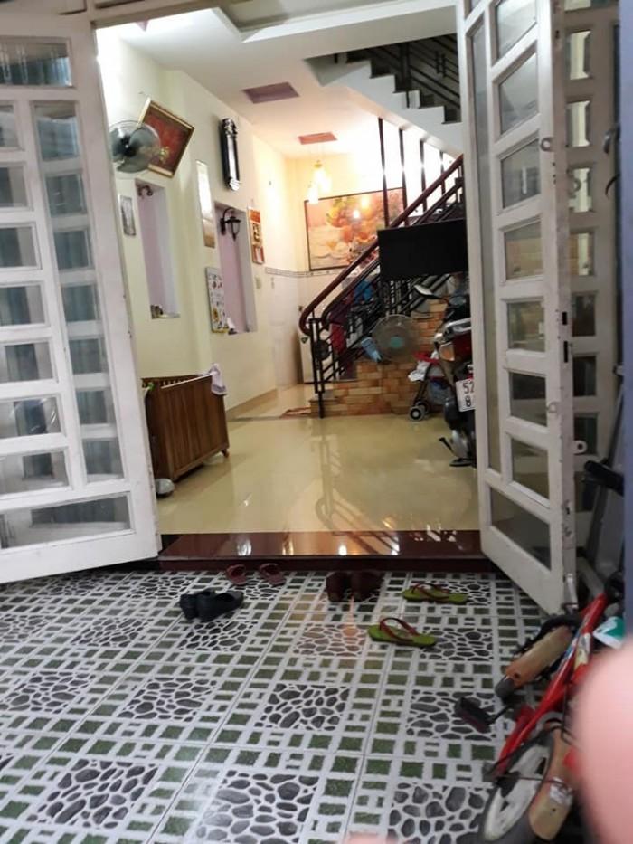 Bán nhà đẹp, ôtô đỗ cửa Nguyễn Văn Quá, Q.12, 56m2, 3 tầng. TL