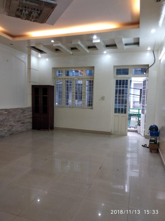 Cho thuê nguyên tầng 90m2 vừa ở vừa kinh doanh gần NH Vietcombank Phạm Hùng (Q8), 8.5tr/tháng.