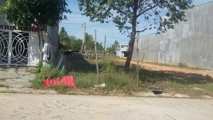 Đất mặt tiền đường nhựa Thuận An, khu vực dân đông buôn bán sầm uất, tôi để lại giá rẻ