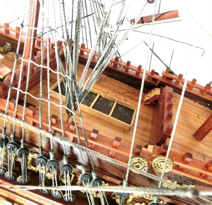 + Mô Hình Thuyền Gỗ Chiến Cổ Sovereign Of The Seas Thân 90cm - Dài 100 cm x Rộng 29 cm x Cao 85 cm.  Giá  2.900.000₫