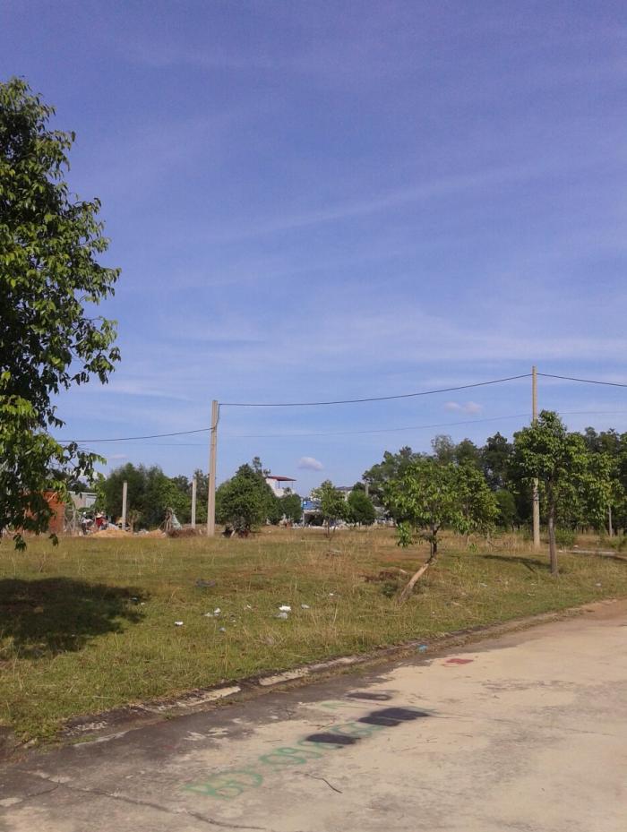 Cần tiền bán gấp 2 lô đất gần KDL Đại Nam, lô 150m2 giá 650tr, lô 185m2
