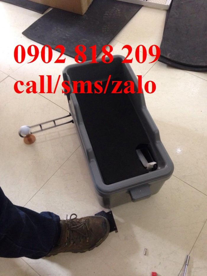 Thanh lý máy phát banh golf bán tự động1