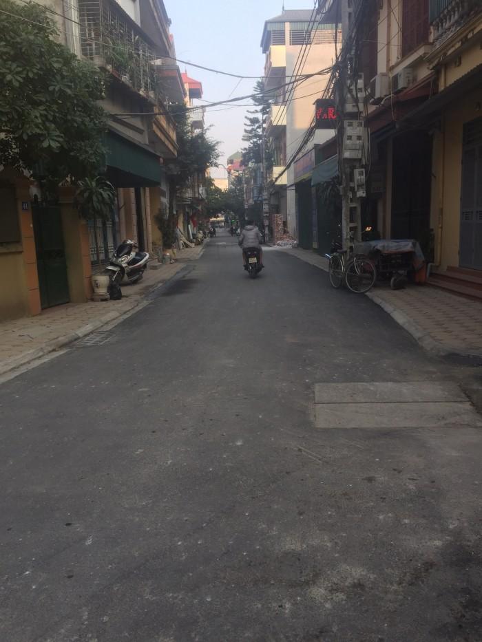 Bán đất kinh doanh An Đào, Trâu Quỳ, Gia Lâm, đối diện VinCity Gia Lâm, diện tích 65,5m2