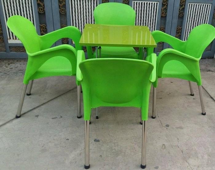 Bàn ghế nhựa đúc  quán cafe giá rẻ tại xưởng sản xuất HGH 00800