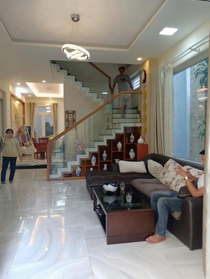 Chính chủ bán nhà HXH Đào Duy Anh, 57m2, MT 5m, KD tốt