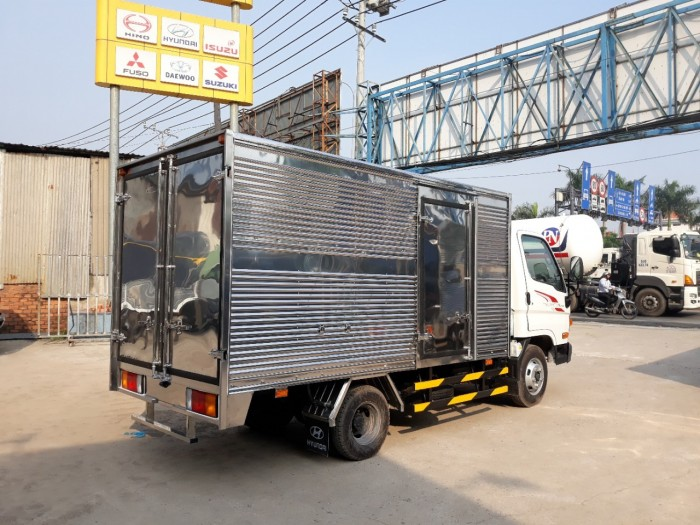 Hyundai 2.5 Tấn Thùng Kín Inox 3