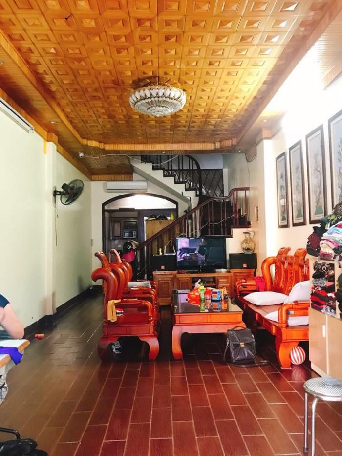 View Hồ, nhà đẹp Phố Phương Mai, quận Đống Đa, gara, kinh doanh tấp nập, DT 110m2