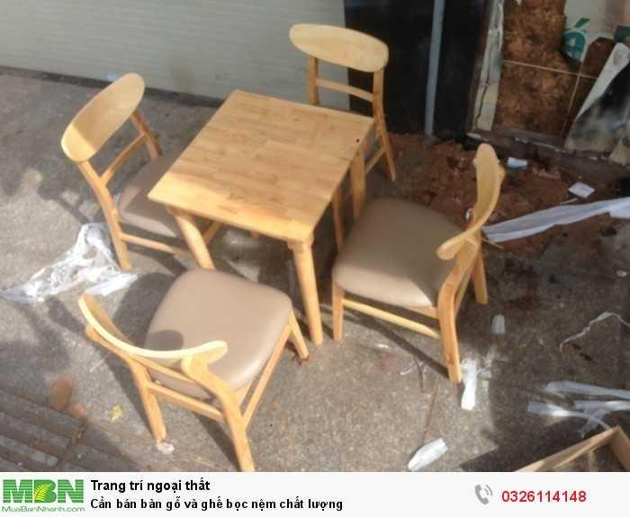 Cần bán bàn gỗ và ghế bọc nệm chất lượng0