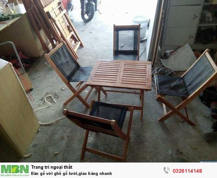 Bàn gỗ với ghế gỗ lưới,giao hàng nhanh