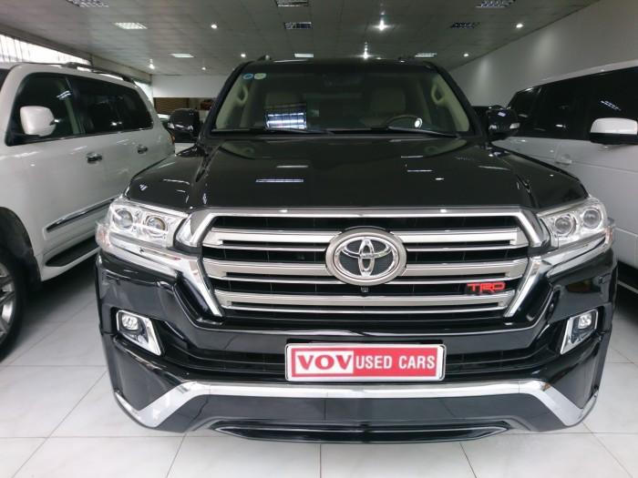 Toyota Land Cruiser VX 4.6 V8 sản xuất 2016 màu đen
